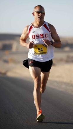 runner-marathon-military-afghanistan.jpg